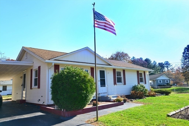 30 Squire Lane Bellingham MA 02019