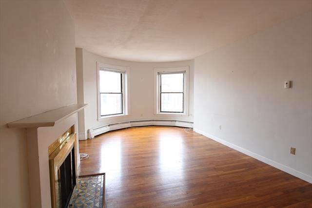 922 Beacon Street Boston MA 02215