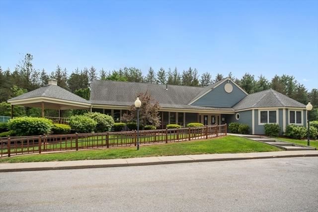 307 Ridgefield Circle Clinton MA 01510
