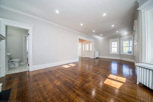 228 Hawthorn Street New Bedford MA 02745