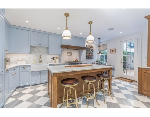 4 Beds, 3 Baths home in Boston for $3,800,000