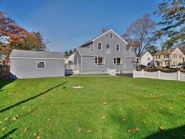 20 Vokes Terrace Lynnfield MA 01940
