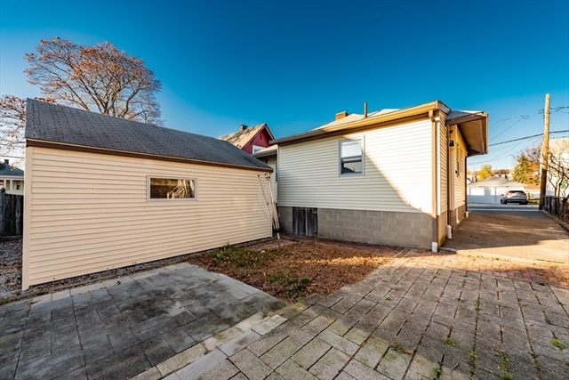 5 Willow Street Quincy MA 02170