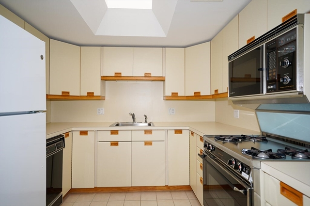 460 Place Lane Woburn MA 01801