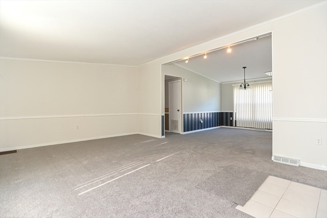 50 Highland Street - Red Oak Terrace Taunton MA 02780