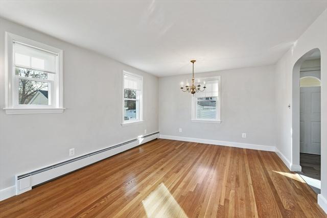 9 Rockdale Avenue Peabody MA 01960