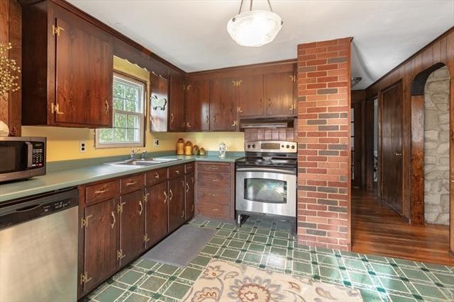 5 Leopold Street Burlington MA 01803