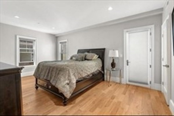 27 washburn Street Boston MA 02125
