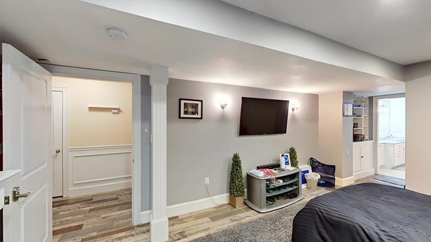 559 East 6th St, Boston, MA Image 28