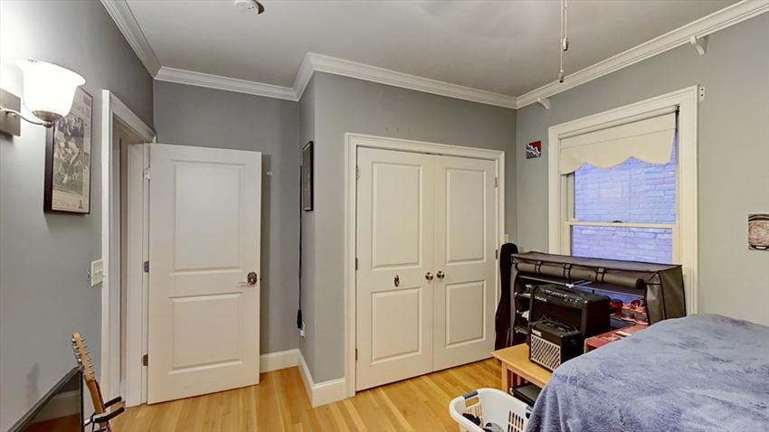 559 East 6th St, Boston, MA Image 35