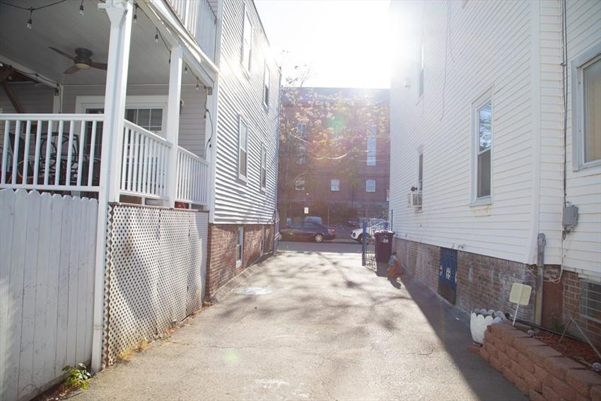 122 Everett St, Boston, MA Image 18