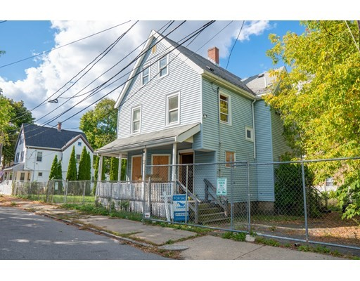 4 Beds, 2 Baths home in Boston for $259,000