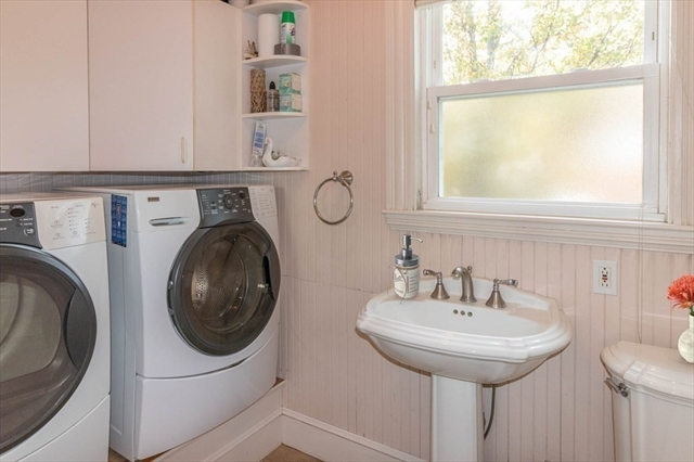 51 Manomet Avenue Hull MA 02045