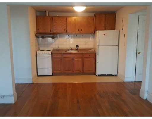 2 Beds, 1 Bath home in Boston for $445,000