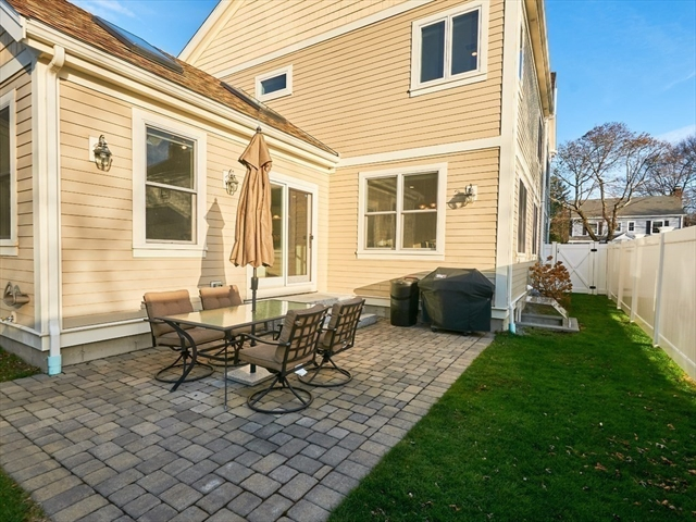203 Winslow Road Newton MA 02468
