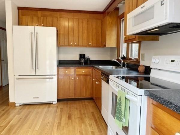 388 Lake Shore Drive Sandwich MA 02563