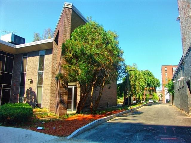 33 Franklin Street Lawrence MA 01840