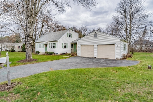 26 Martin Farms Road Hampden MA 01036