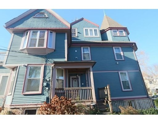 74 Georgia st, Boston - Roxbury, MA 02121
