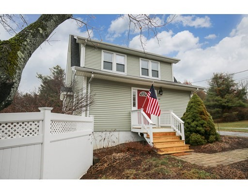 44 West St, Paxton, MA 01612