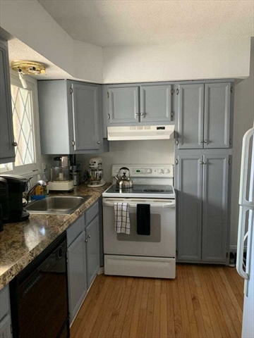 204 Blisswood Village Drive Ludlow MA 01056