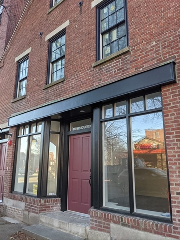 289 Central Street Lowell MA 01852