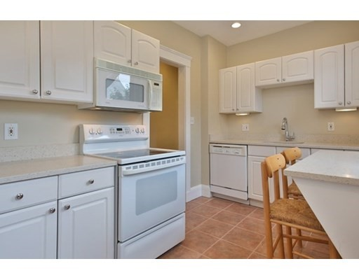 Pictures of  property for rent on Boylston St., Boston, MA 02115