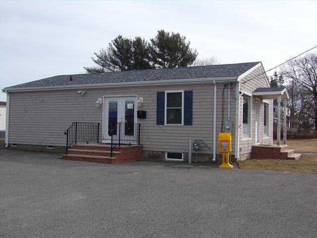 38 S. Main Street Acushnet MA 02743