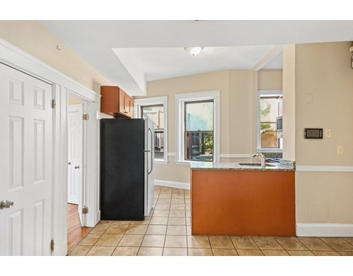 Pictures of  property for rent on Fountain Pl., Boston, MA 02113