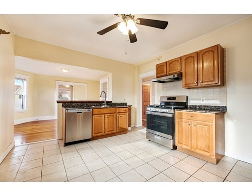 Pictures of  property for rent on Glendale St., Everett, MA 02149