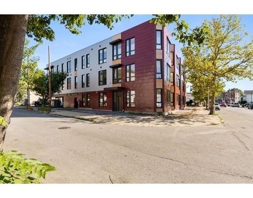 240 Salem St #3D, Medford, MA 02155
