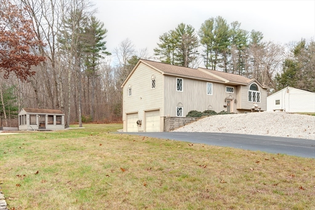 147 Pierpont Road Dudley MA 01571