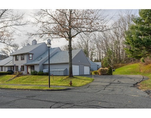2 bed, 1 bath home in Amherst for $299,000