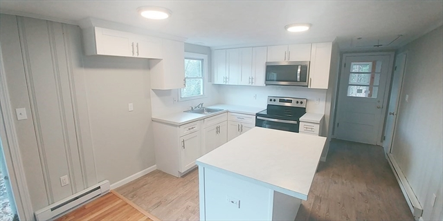 32 Heritage Drive Holland MA 01521
