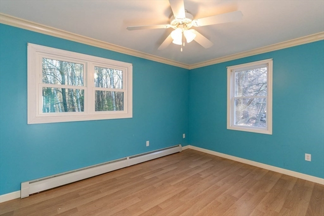 8 Holden Road Sterling MA 01564