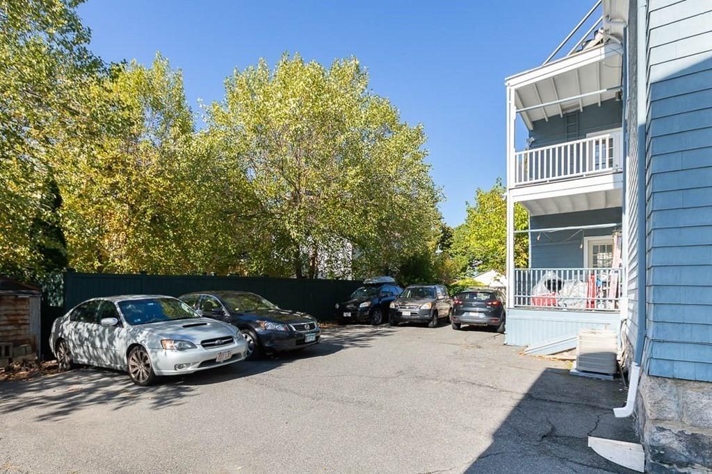Photo of 88 Coolidge St Brookline MA 02446
