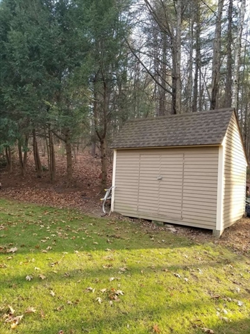 71 Clinton Road Sterling MA 01564