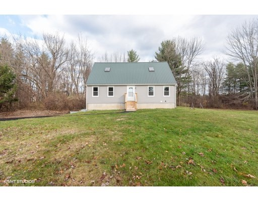 4 Beds, 2 Baths home in Amherst for $410,000