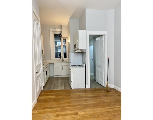 Pictures of  property for rent on West Cedar, Boston, MA 02114
