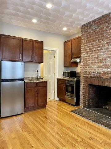 85 Phillips Boston MA 02114