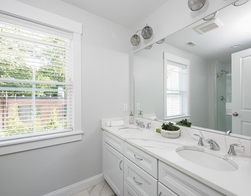 3 bed, 4 bath home in Acton for $924,000