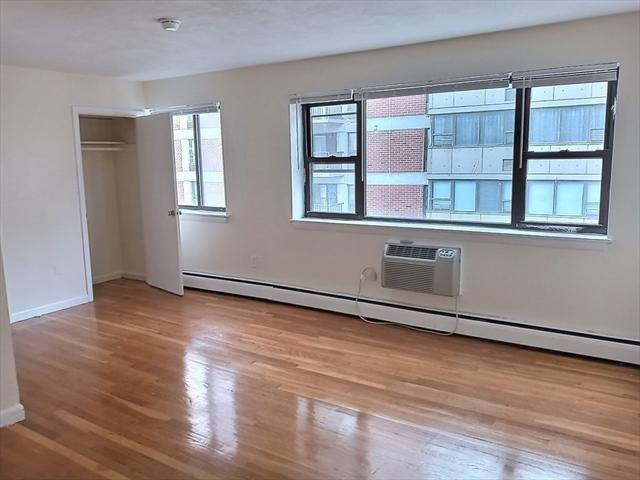 1027 Commonwealth Avenue Boston MA 02215