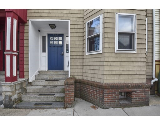 2 Beds, 1 Bath home in Boston for $390,000