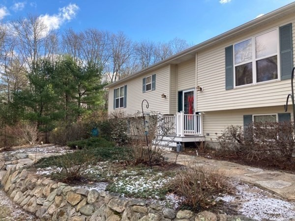 249 Chace Road Freetown MA 02717