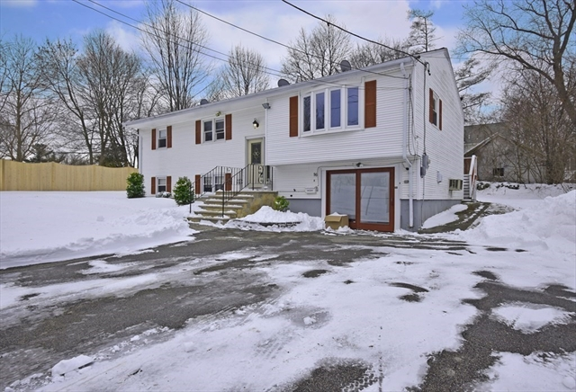 16 Maxdale Road Worcester MA 01602