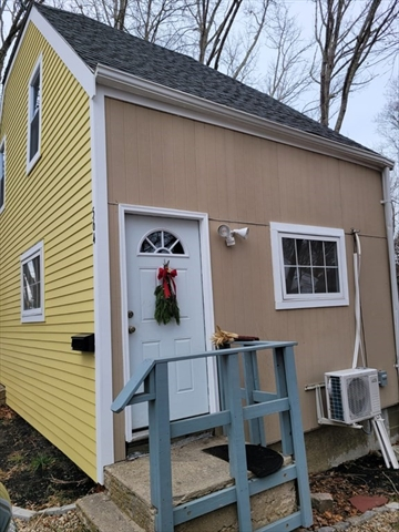 564 state Road Plymouth MA 02360