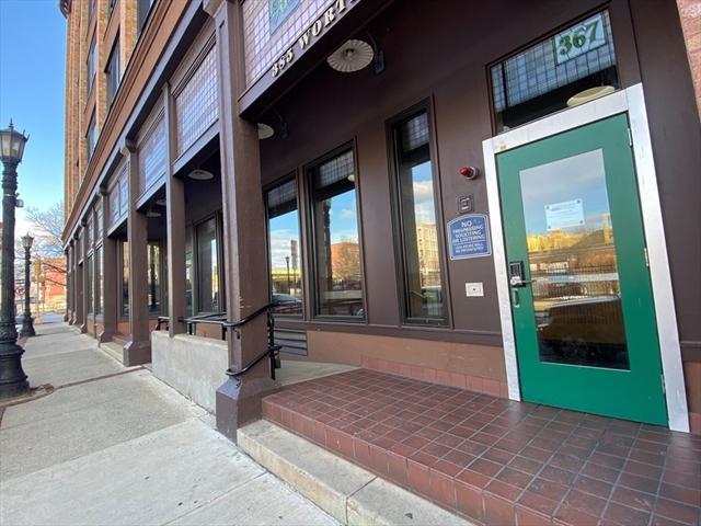 158 Chestnut Street Springfield MA 01103
