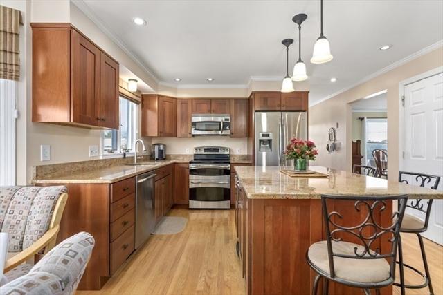 19 Lafayette Place Woburn MA 01801