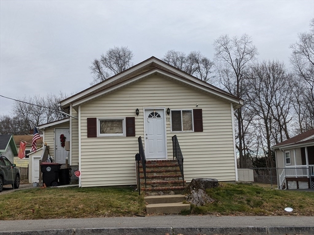 52 Sterling Road Brockton MA 02302