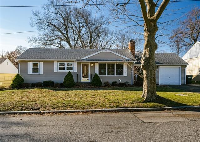 234 Carver Street Springfield MA 01108